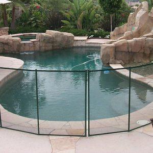 Clôture piscine amovible en aluminium et filets pvc