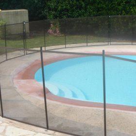 barriere securite piscine pas cher 280x280 - Galerie photo de barrière piscine