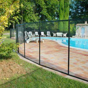 Barrière de protection pour piscine en filets souples très transparente