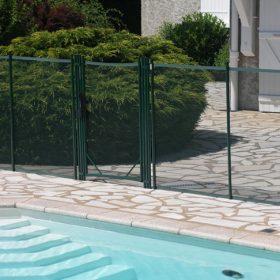 cloture piscine securite portillon automatique 280x280 - Galerie photo de barrière piscine