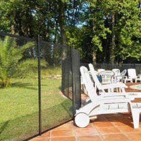 cloture portection enfant pisicne 280x280 - Galerie photo d'alarme piscine et douche solaire