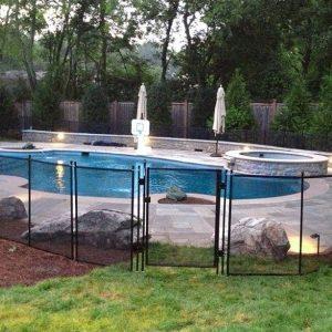 portillon de barriere piscine fermeture automatique 300x300 - Portillon barrière piscine automatique avec cadre ALU